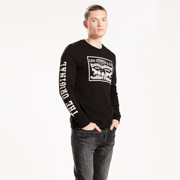 Levi's® Long Sleeve Graphic Tee at Levi's in Daytona Beach, FL | Tuggl