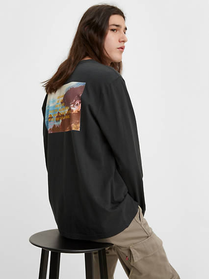 Longsleeve Relaxed Graphic Tee Shirt
