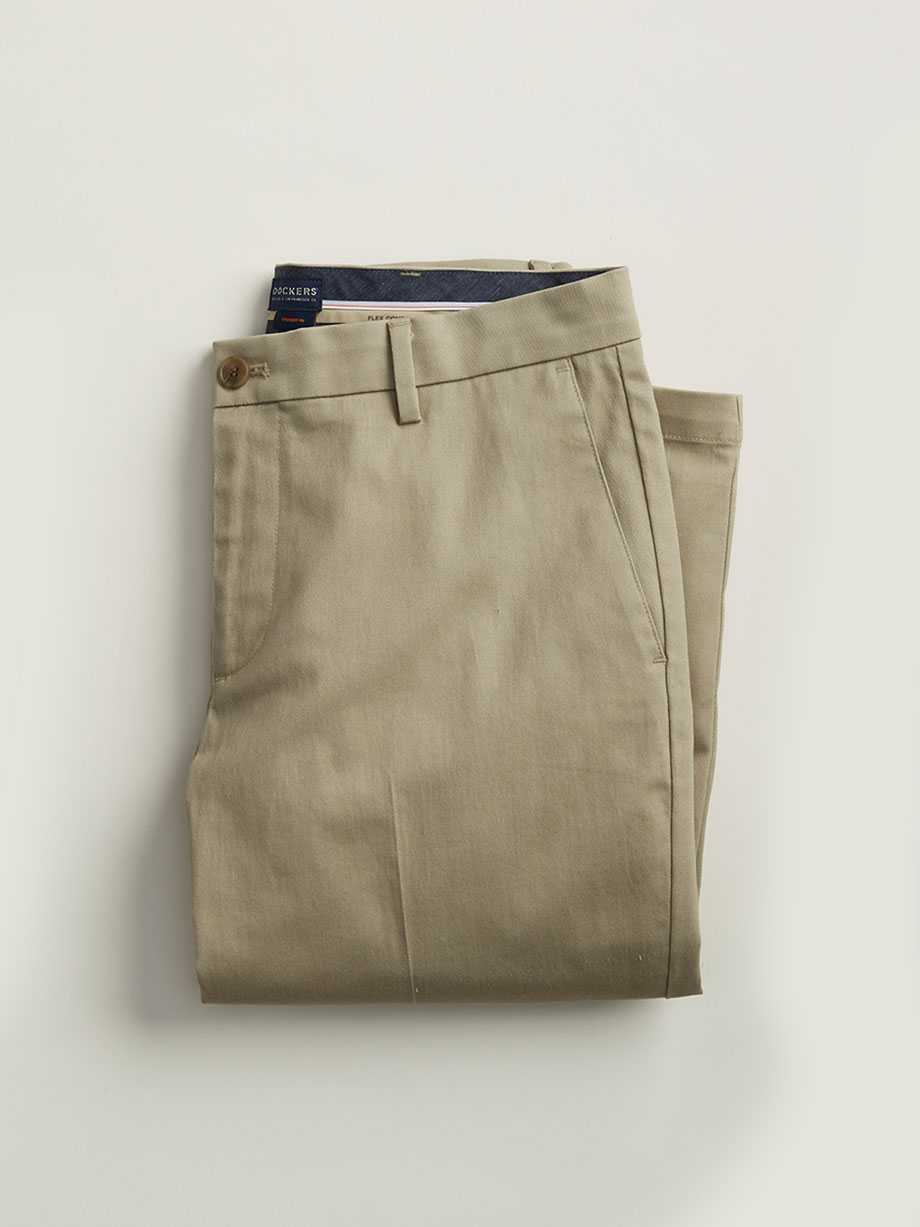 Signature Khaki in Classic Fit, Timber Wolf