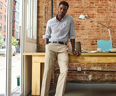 ad2ff1e30b Khakis, Men's Clothing, Shoes & Accessories | Dockers®