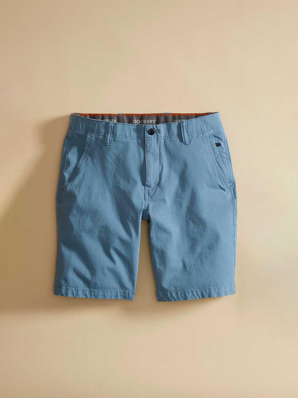 Smart 360 Flex™ Shorts, Straight Fit
