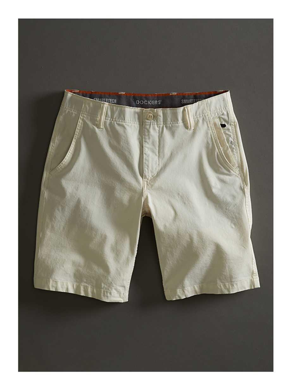 e120ea10f Khakis, Men's Clothing, Shoes & Accessories | Dockers®