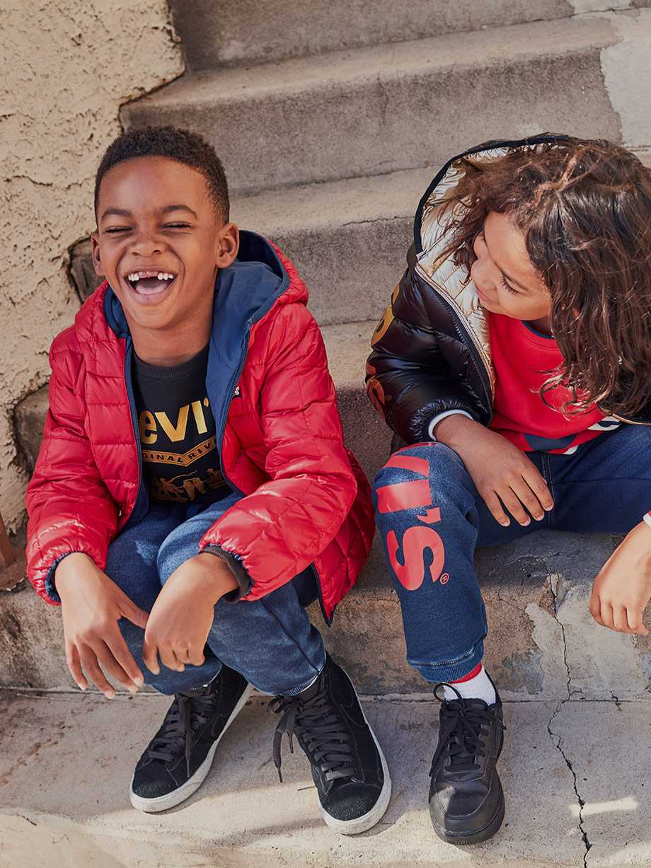 Jeans, Denim Jackets & Clothing | Levi's® Official Site