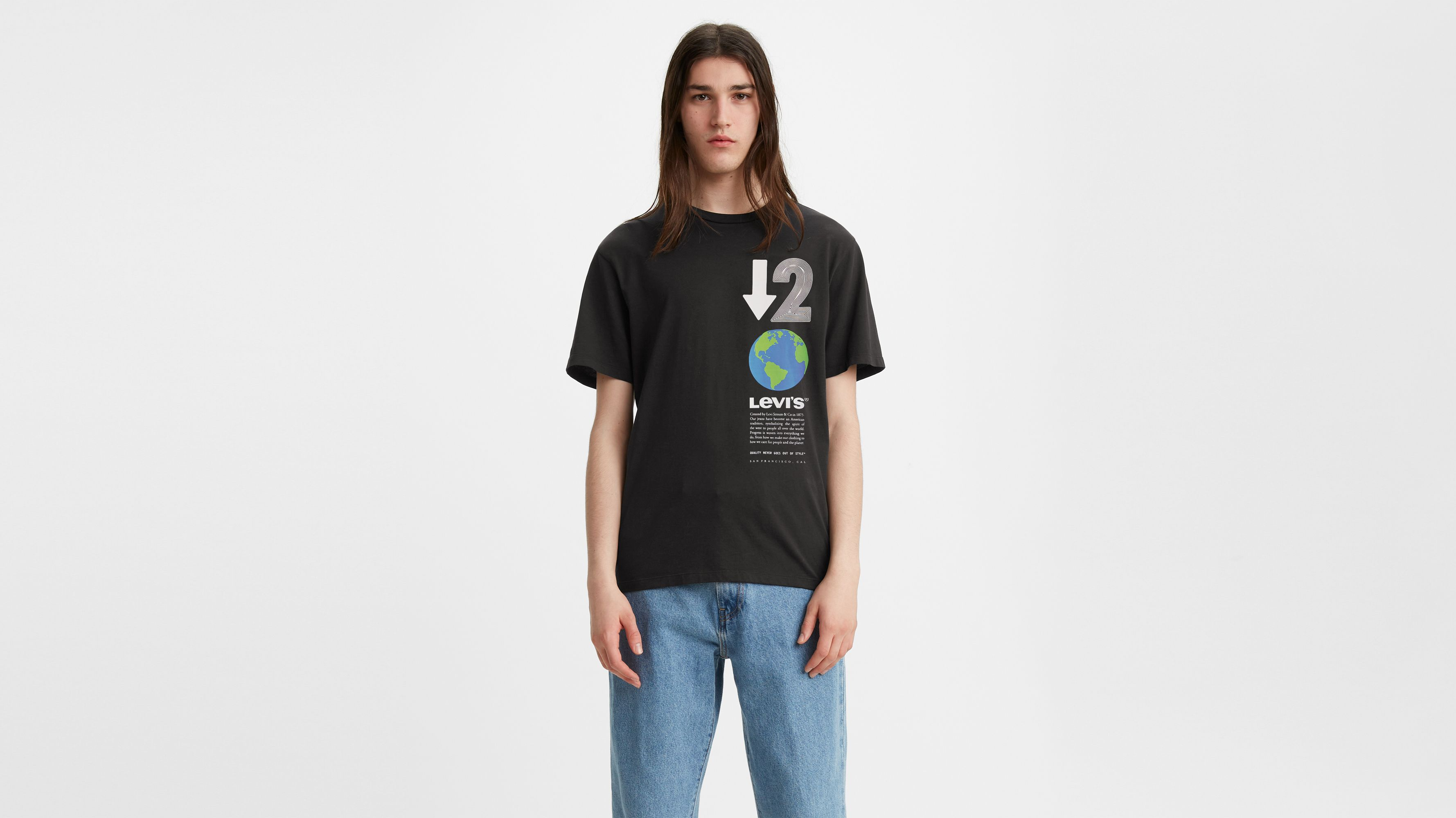 Levis Graphic Crewneck Tee Shirt