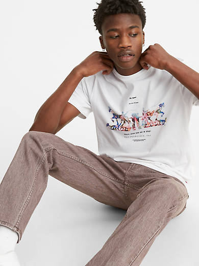 Two-Horse Pull Graphic Tee Shirt
