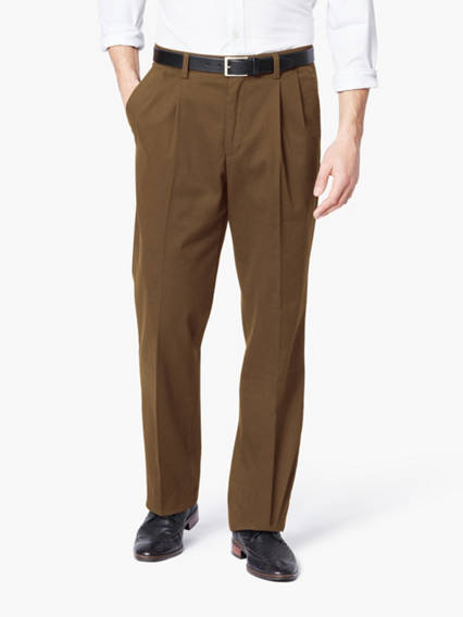 Men's Easy Khaki Pleated Pants, Classic Fit