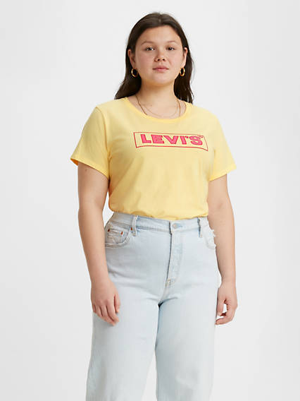 Levi's® Logo Perfect Tee Shirt (Plus Size)