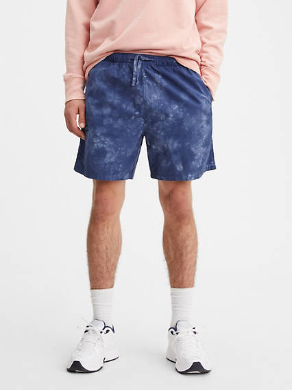 Walk  6.75 in. Mens Shorts