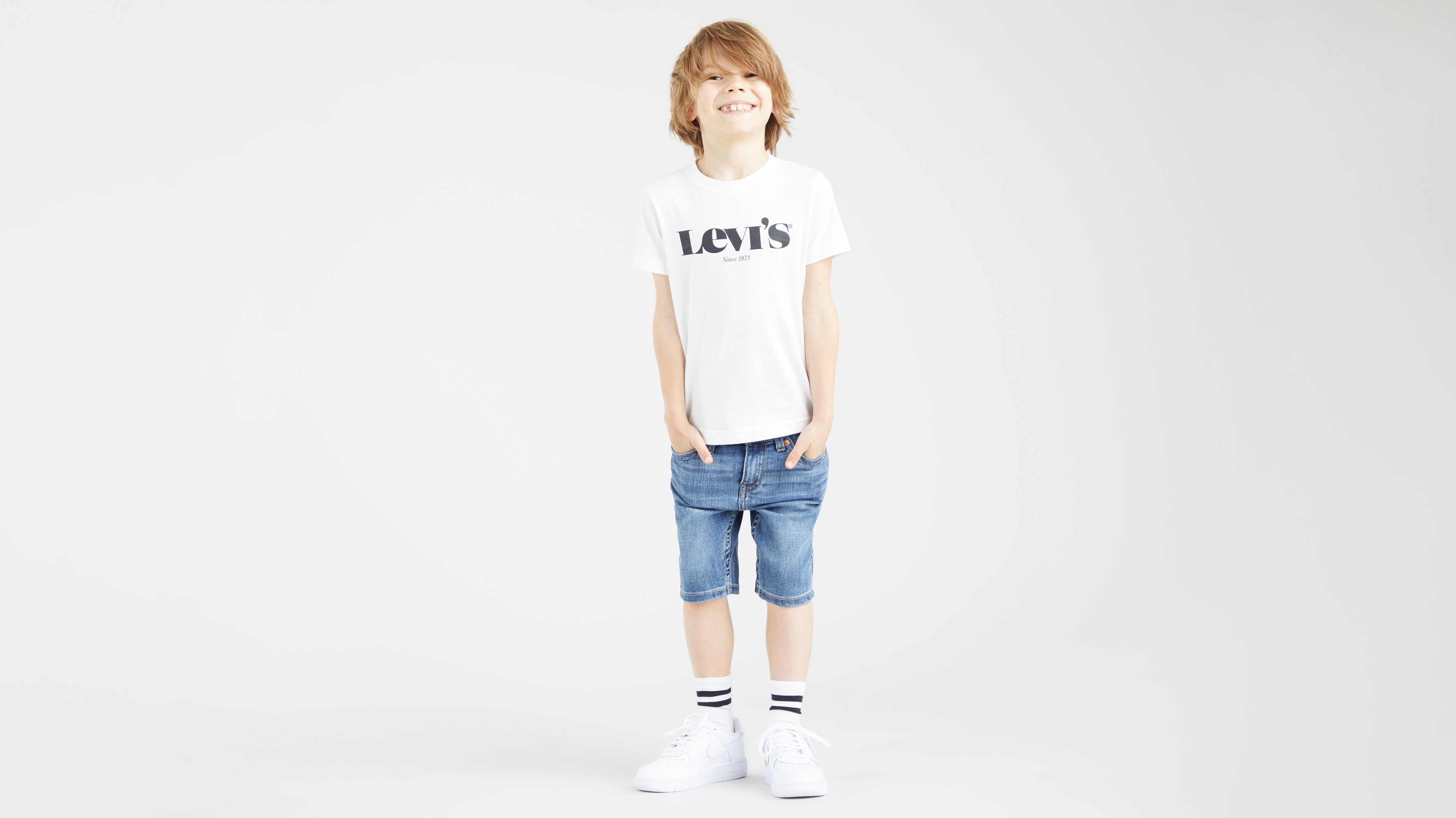 Details about  /Levi/'s San Francisco Youth T-Shirt Logo Graphic White Shirt Large 12-13 years