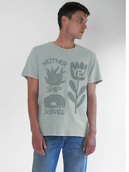 Levi's® WellThread™ Graphic Tee