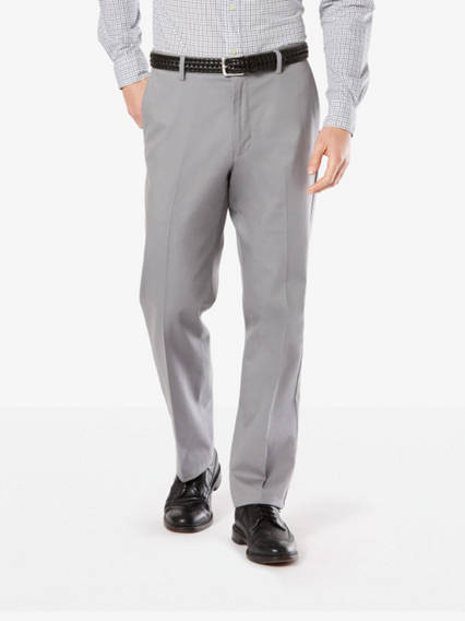 Men's Big & Tall Signature Stretch Khaki Pleated Pants