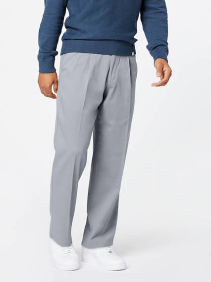 Men's Easy Stretch Khaki Pleated Pants, Classic Fit