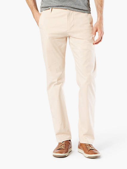 Dockers® Alpha Lightweight Khaki, Slim Tapered