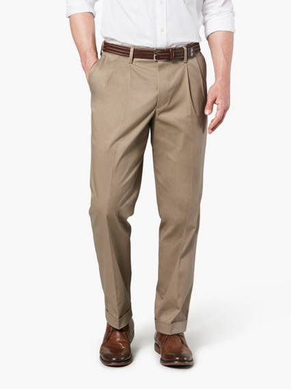 Signature Iron Free Khaki Pleated Pants, Classic Fit