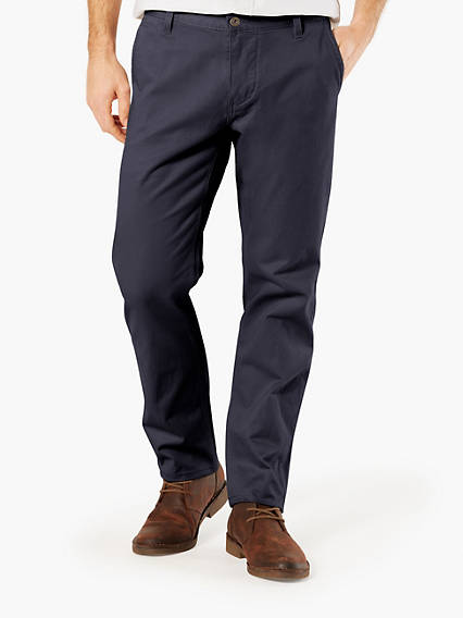 Alpha Chino, Athletic Tapered Fit - Stretch Twill