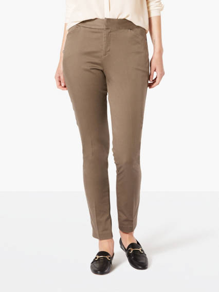 Dockers Women's Essential Pants 2M Tailored for Monday to Friday, these pants can be dressed up or down -- it's your call. With essential stretch and a versatile fit, these pants work with whatever you've got in mind. Women's Essential Pants 2M - Dark Pebble. Dockers Official Site.