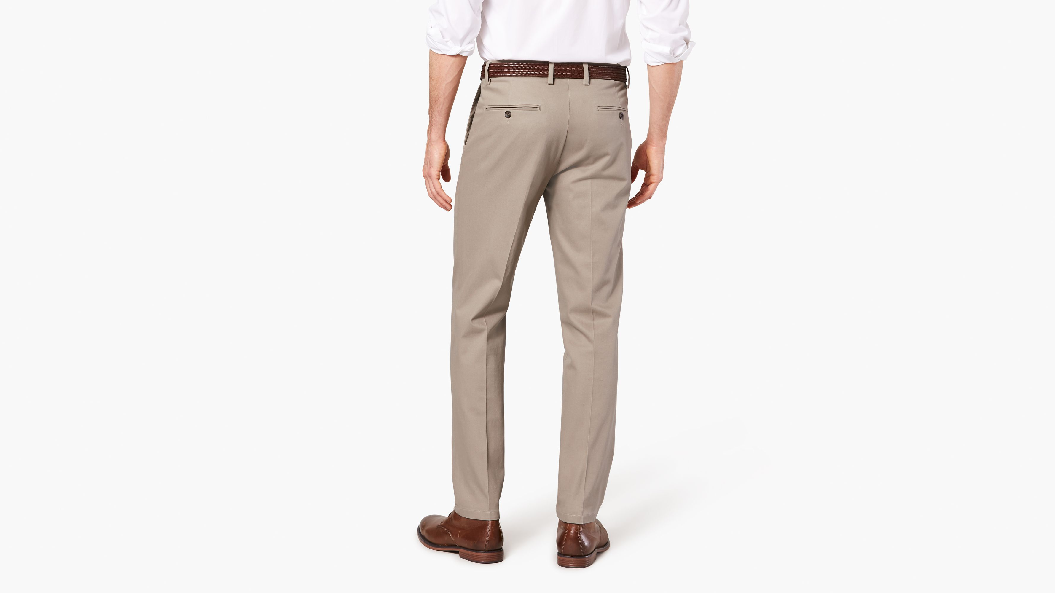 9bbfe071 Signature Stretch Khaki Pants, Étroite Tapered Fit - Tan 477850010 | Dockers®  CA