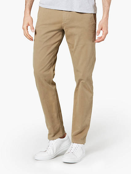 Dockers® Alpha Original Khaki, Tapered Fit