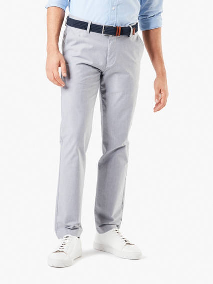Signature Creaseless Chino, New Tapered Fit - Yarn Dyes