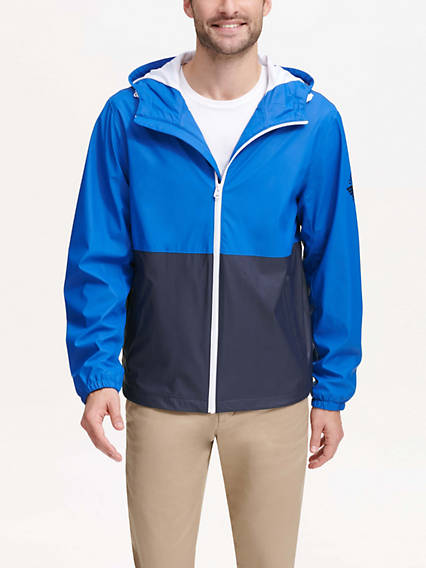 Water Resistant Hoodie With Smart 360 Flex™