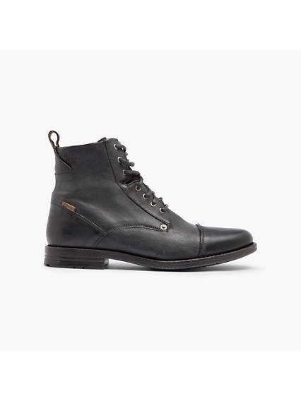 Levi's Emerson Boots - Men's 9.5 With utilitarian inspiration, these boots lend style to your everyday wear. Emerson Boots - Men's 9.5 - Black. Levi's Official Site.