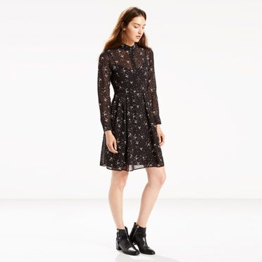 Levis: Extra 30% Off Sitewide Sale