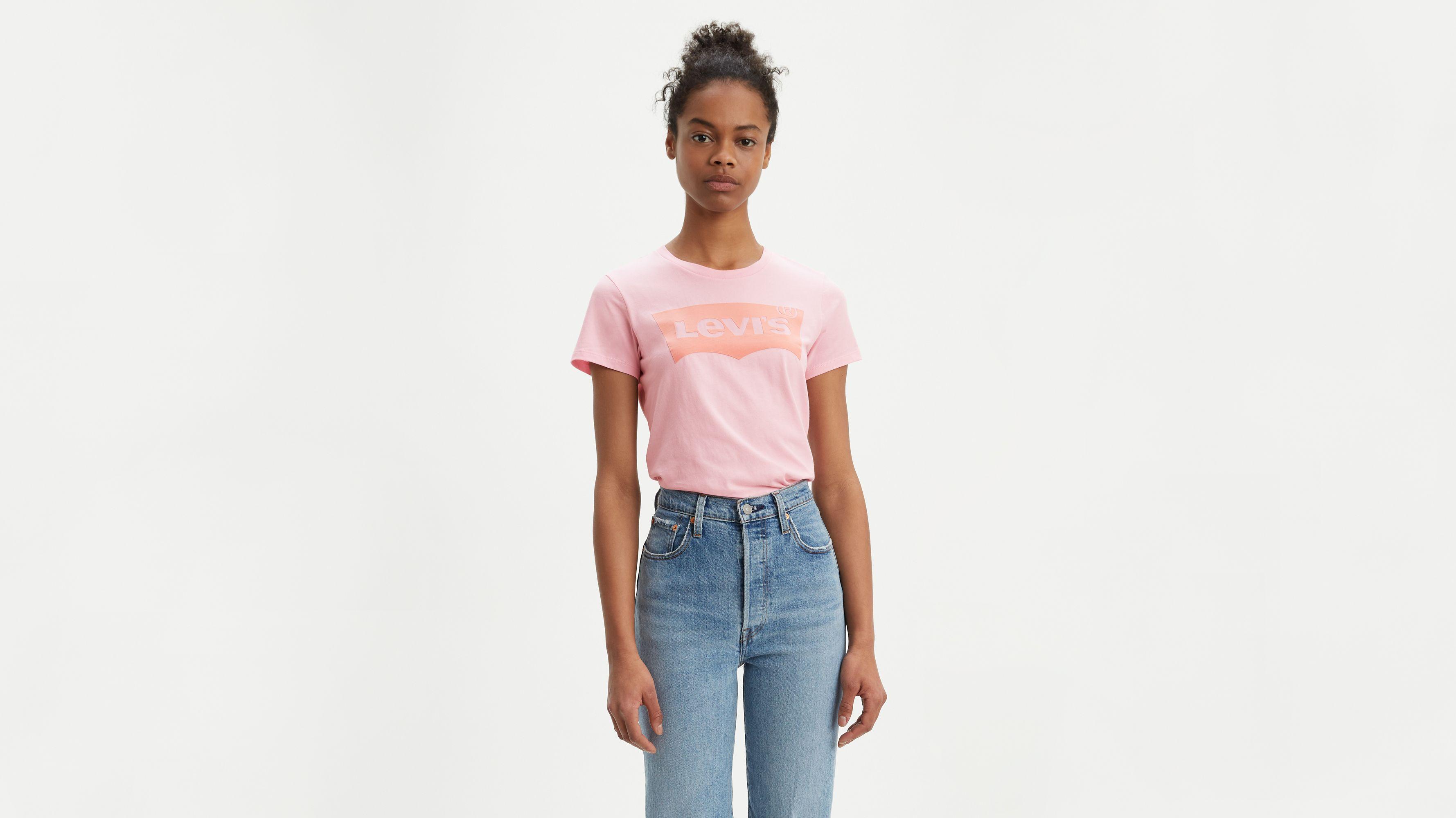 Levi's® Flocked Logo Tee Shirt