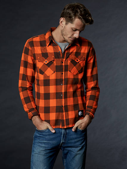 Levi s reg  NFL Plaid Western Shirt f3002227f