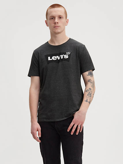 Levi's� Housemark Graphic Tee