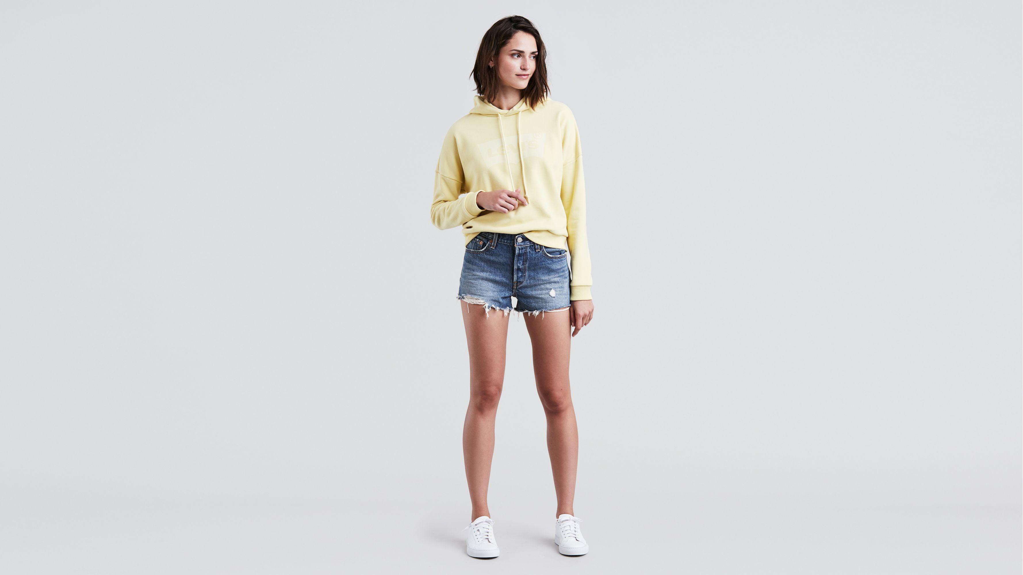 Tiffany Denim Shorts. Short En Jean Tiffany. - Size 23 (also In 25,26,27,28,29,30) By The Way. - La Taille 23 (également En 25,26,27,28,29,30) Par La Voie.