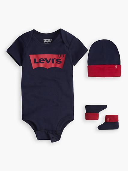 Baby 0-12M Levi's® Logo Bodysuit Hat Bootie Gift Set