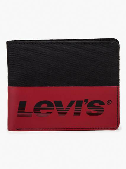 Levi's® Basics Damian Bifold