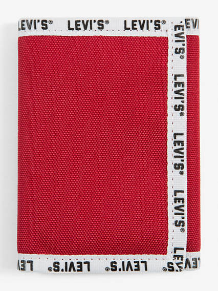 Levi's® Basics Bowers Trifold Wallet