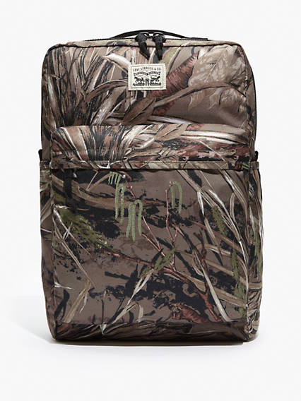 The Levi's® L Pack Camo Bag