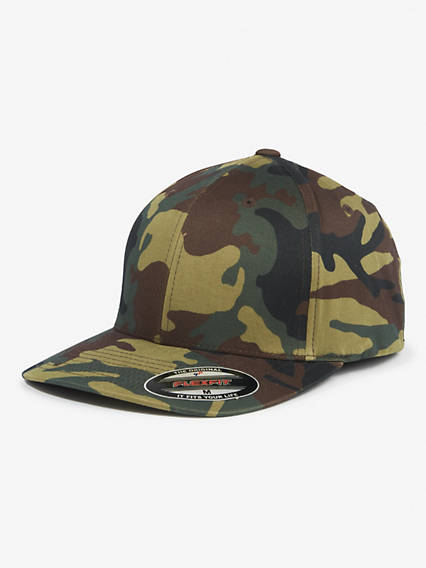 Flex Fit Camo Baseball Hat