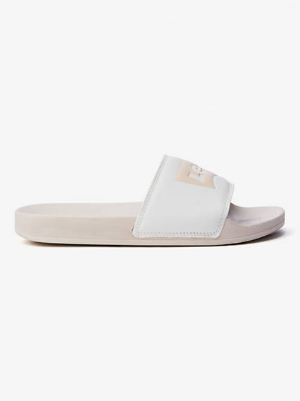 Levi's® Logo Slide Sandals