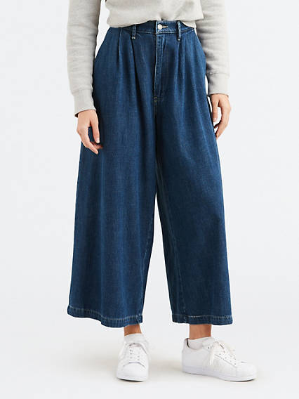 Wide Leg Pleated Lb Jeans