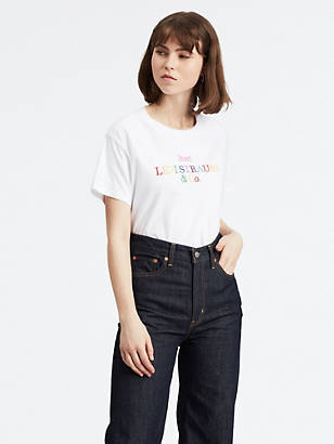 8d6a6bf43e6d Ladies Clothing Online | Levi's