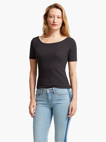 Women's Scoop Neck Tee Shirt