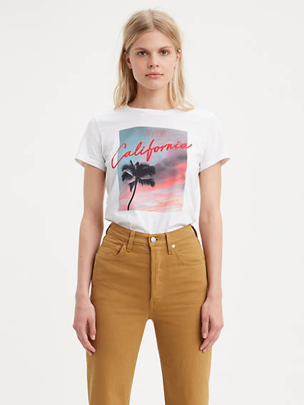 Levi's® Logo Perfect Graphic Tee Shirt