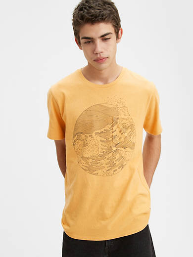 Levi's® x WellThread™ Pocket Tee Shirt