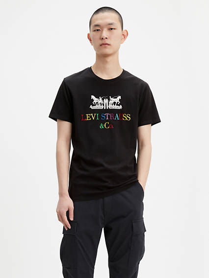 90's Logo Graphic Tee Shirt