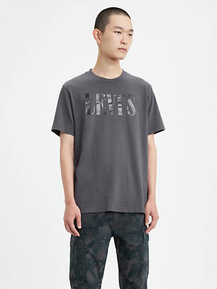 Levi's® Serif Logo Relaxed Graphic Tee Shirt
