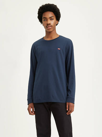 Levi's® Chest Patch Logo Longsleeve Tee Shirt
