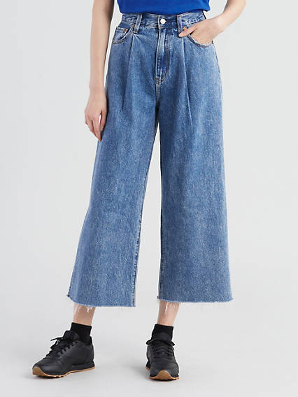 01dd061349c6 Ribcage Pleated Cropped Jeans