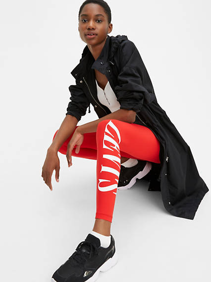 The Off-Duty Legging