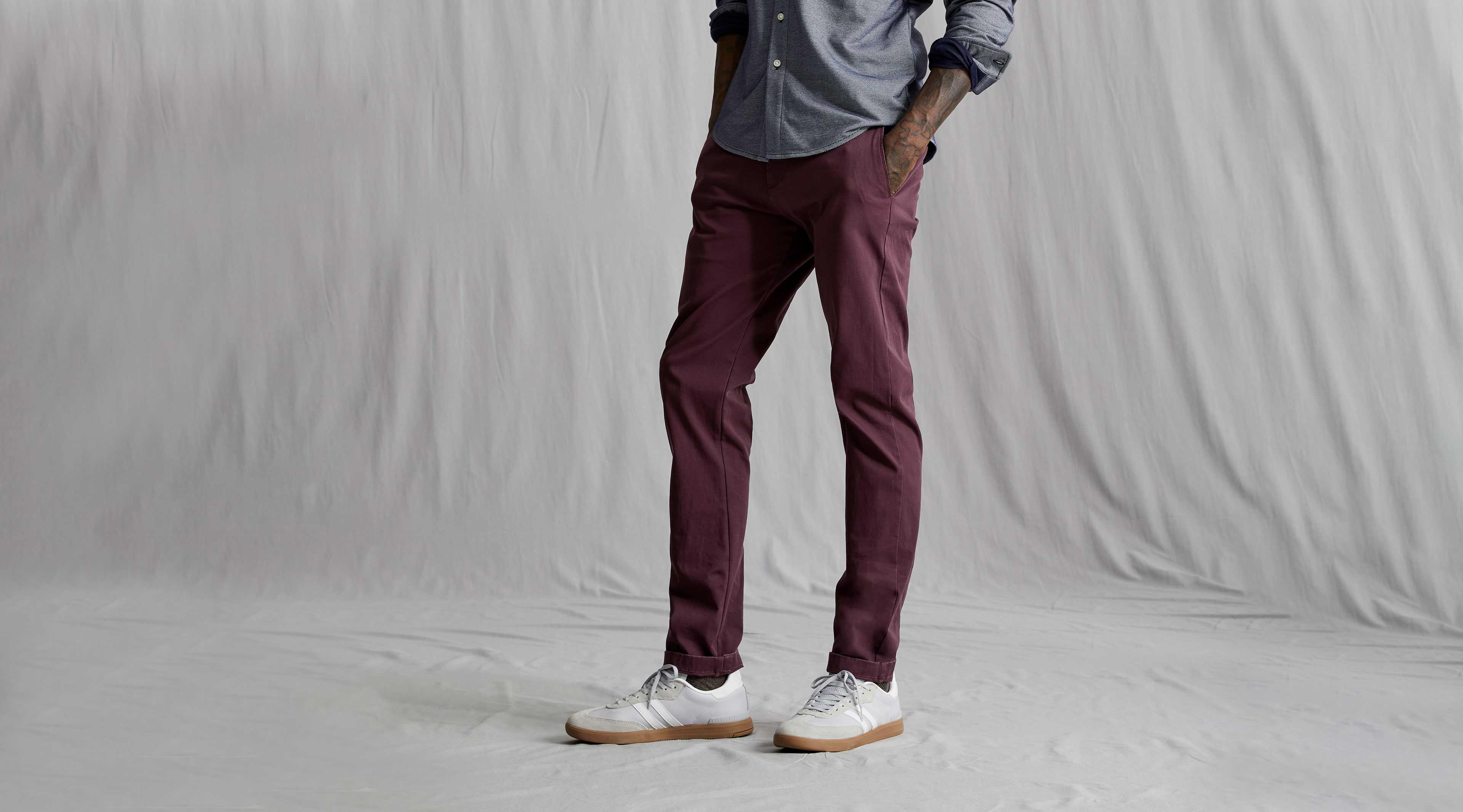 Khakis, Men's Clothing, Shoes & Accessories | Dockers®